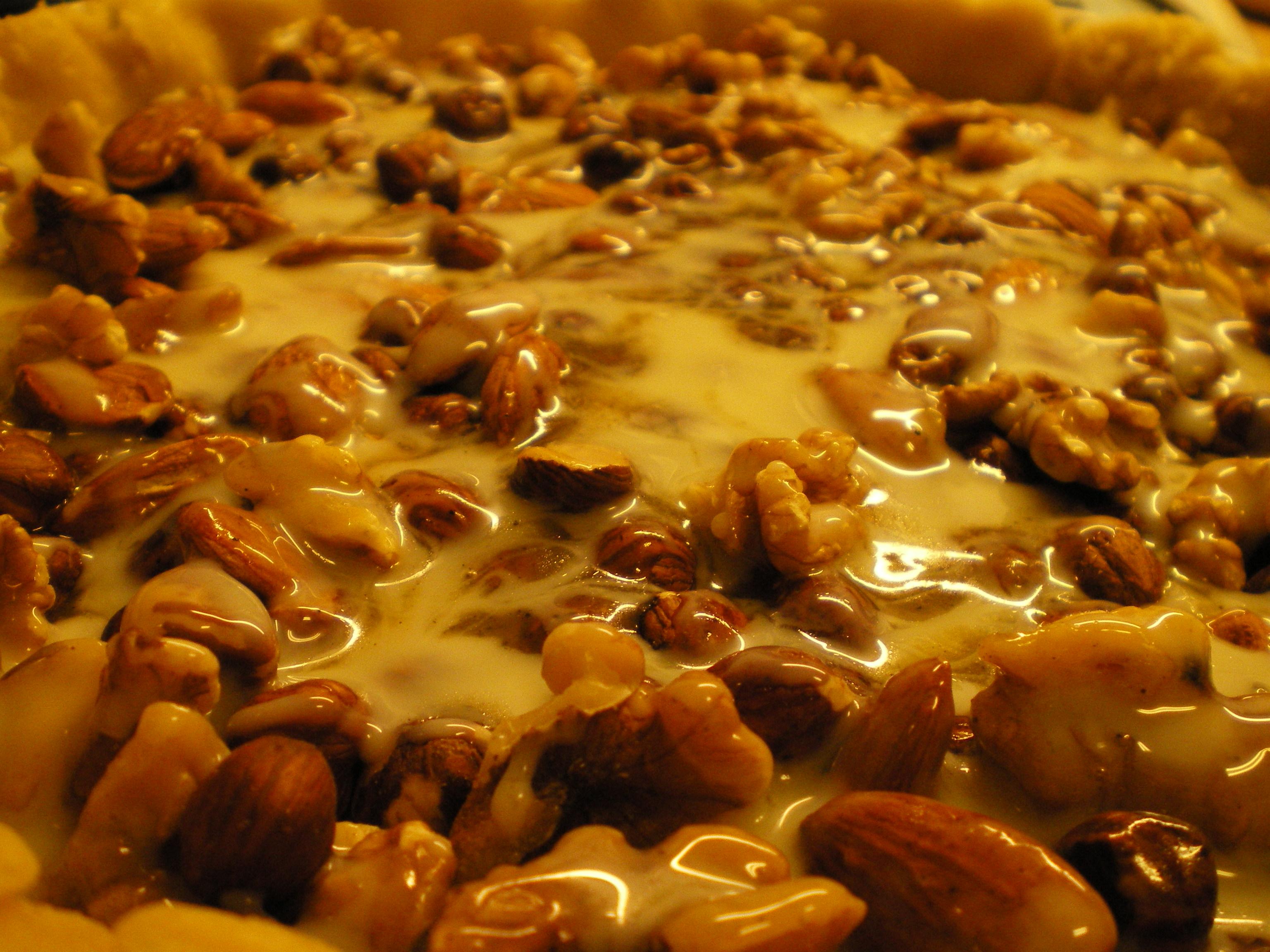 Nøddetærte med flødekaramel - Fru Kofoeds Køkken