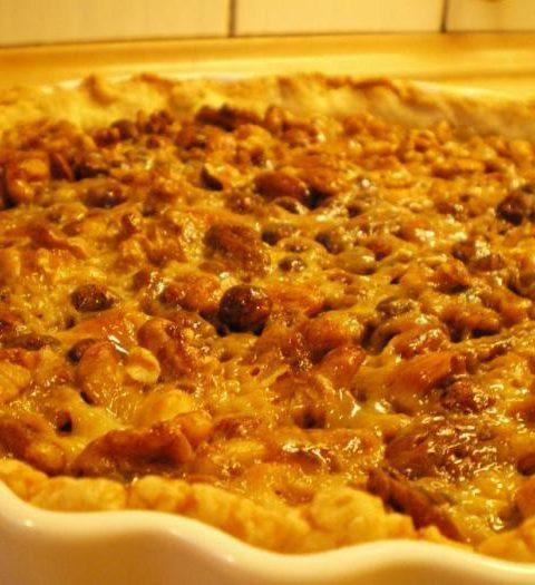 Nøddetærte med flødekaramel