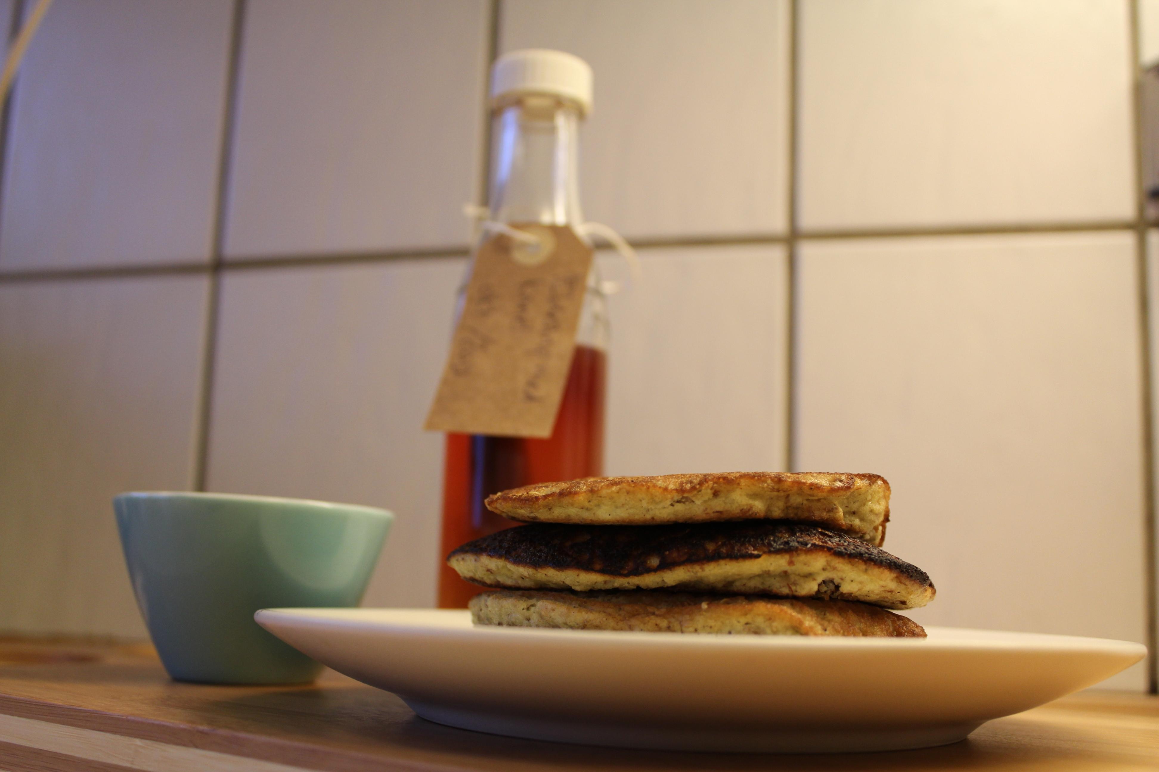 Sunde pandekager med chiafrø og mandler