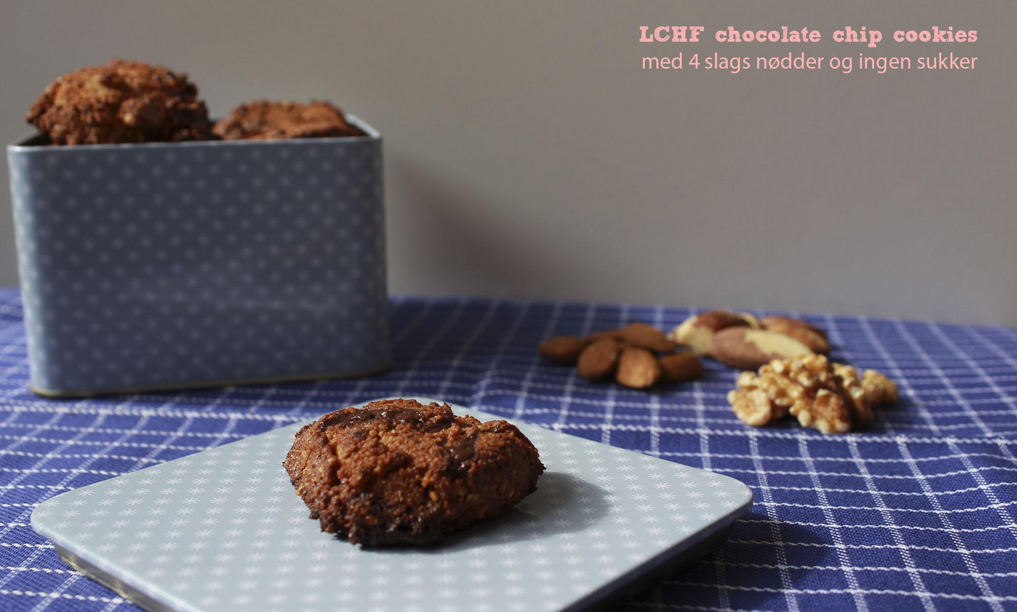 LCHF chocolate chip cookies med 4 slags nødder og ingen sukker