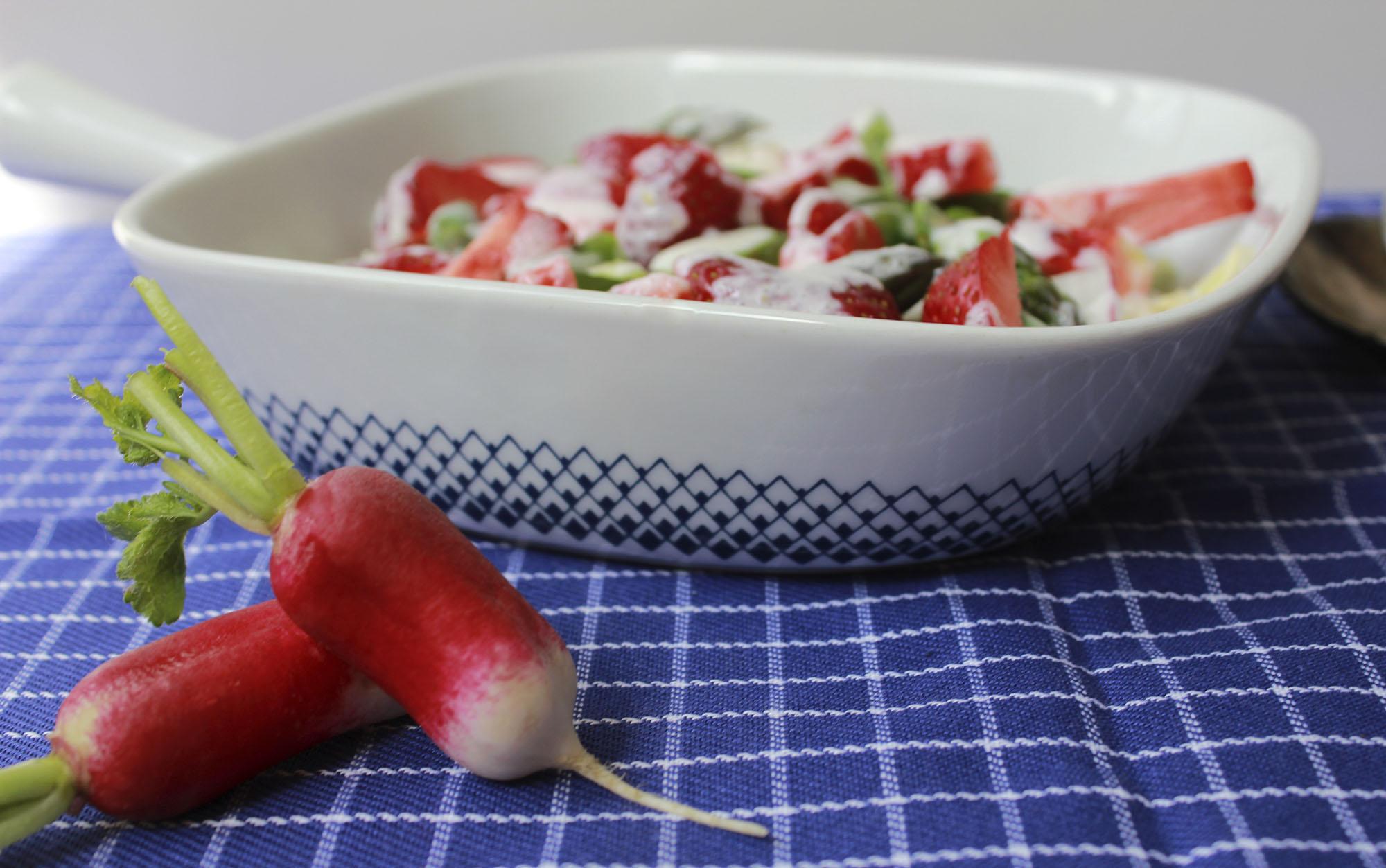Dansk sommer i salatskålen