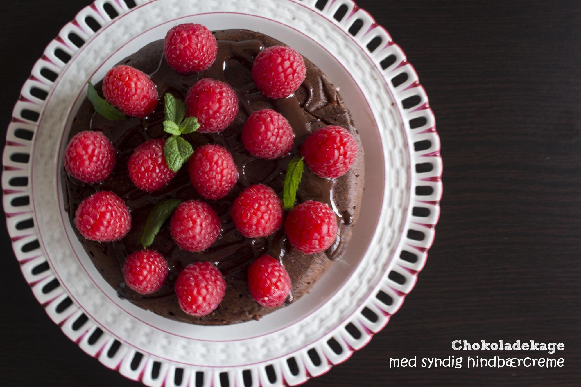 Chokoladekage med syndig hindbærcreme