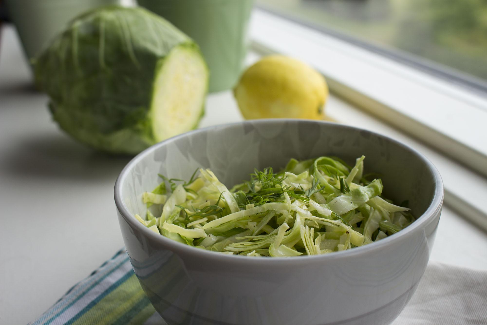 Krammet spidskål med citron og dild