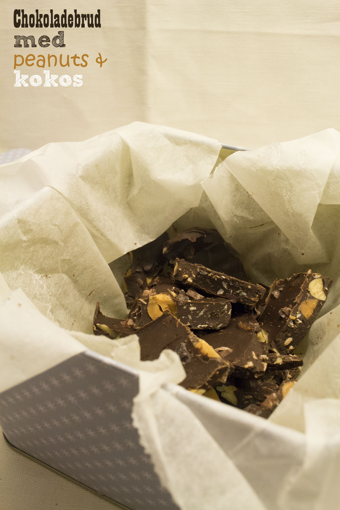 Chokoladebrud med peanuts og kokos