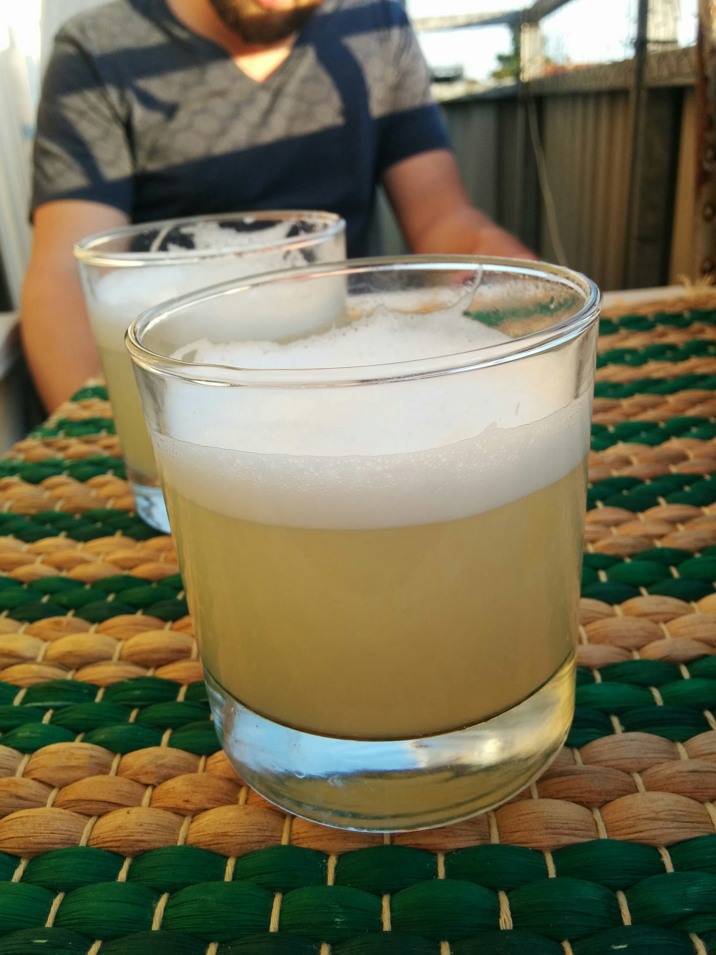 Gin sour