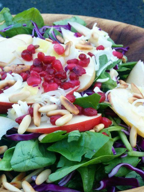 Spinatsalat med pestodressing
