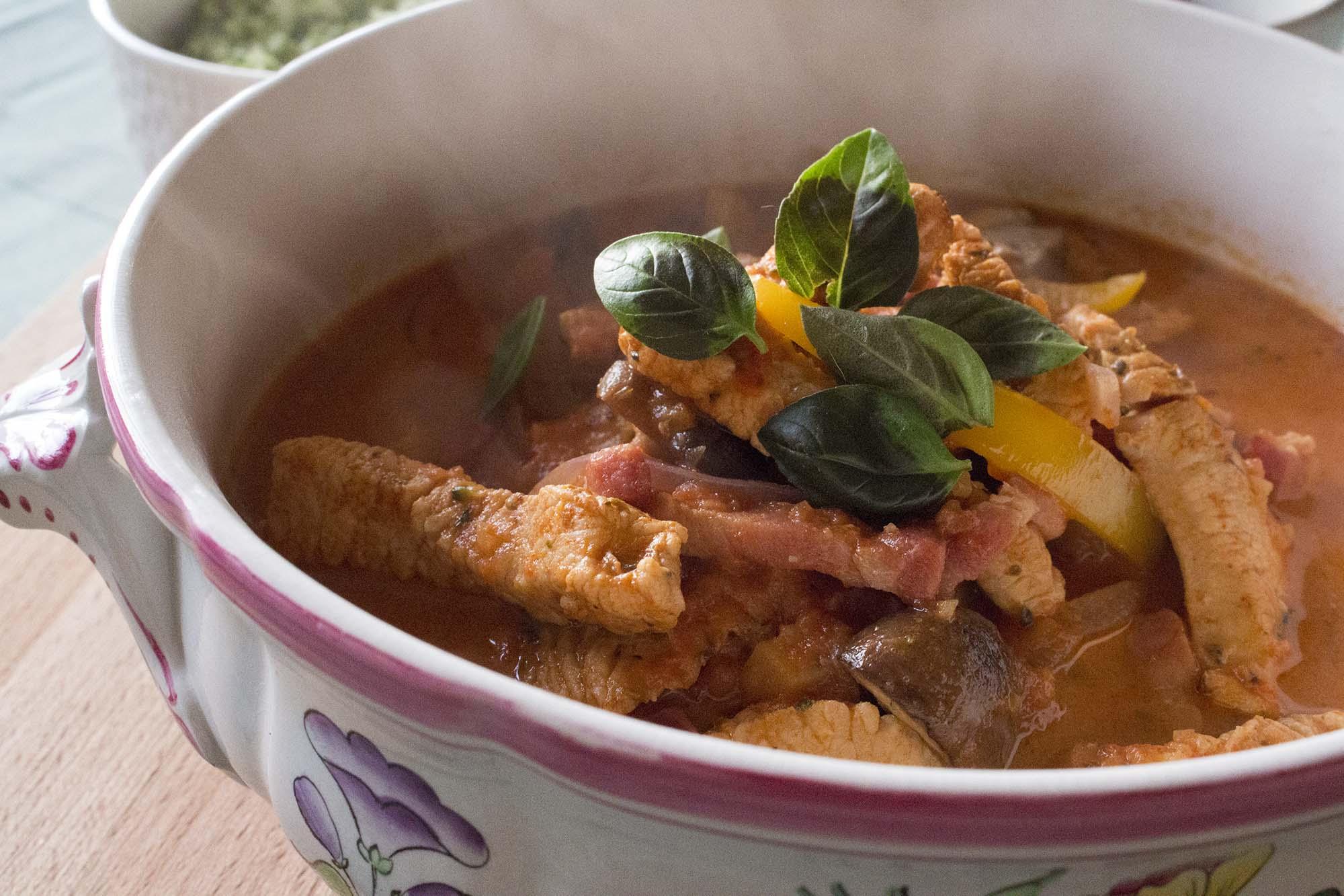 Kalkungryde med bacon og champignon