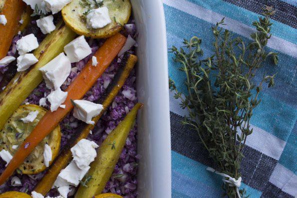 Lilla blomkålscouscous med bagte gulerødder, squash og feta