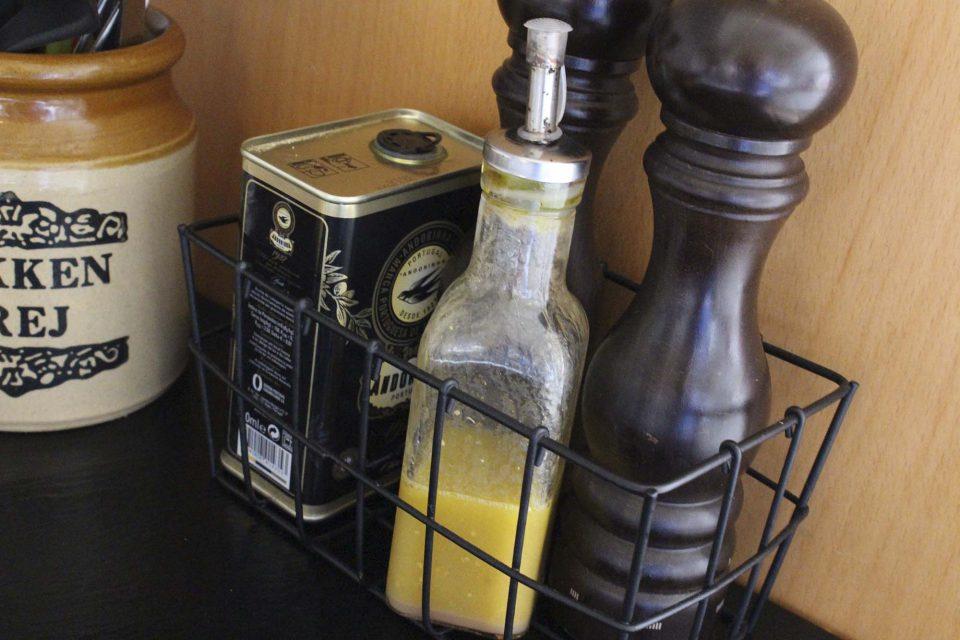 Olie-eddike-dressing