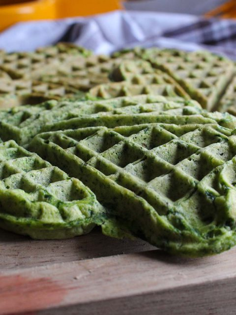 Grønne, proteinrige spinatvafler