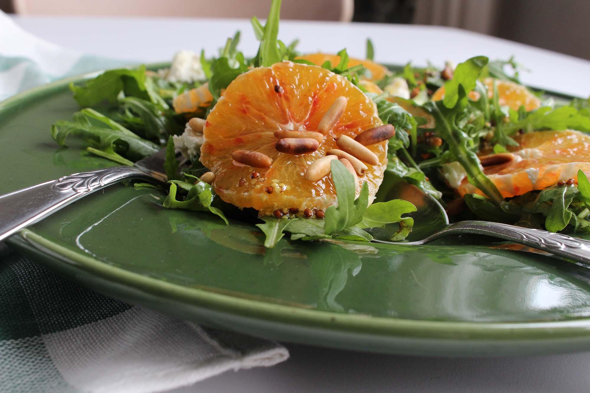 Salat med ruccola og appelsin