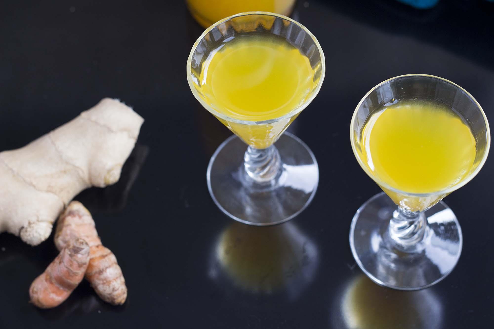 Trylledrik med ingefær og gurkemeje