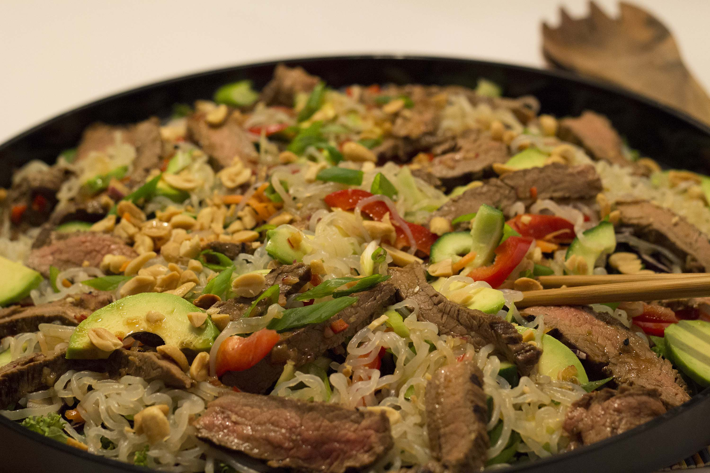 Thai steak-salat